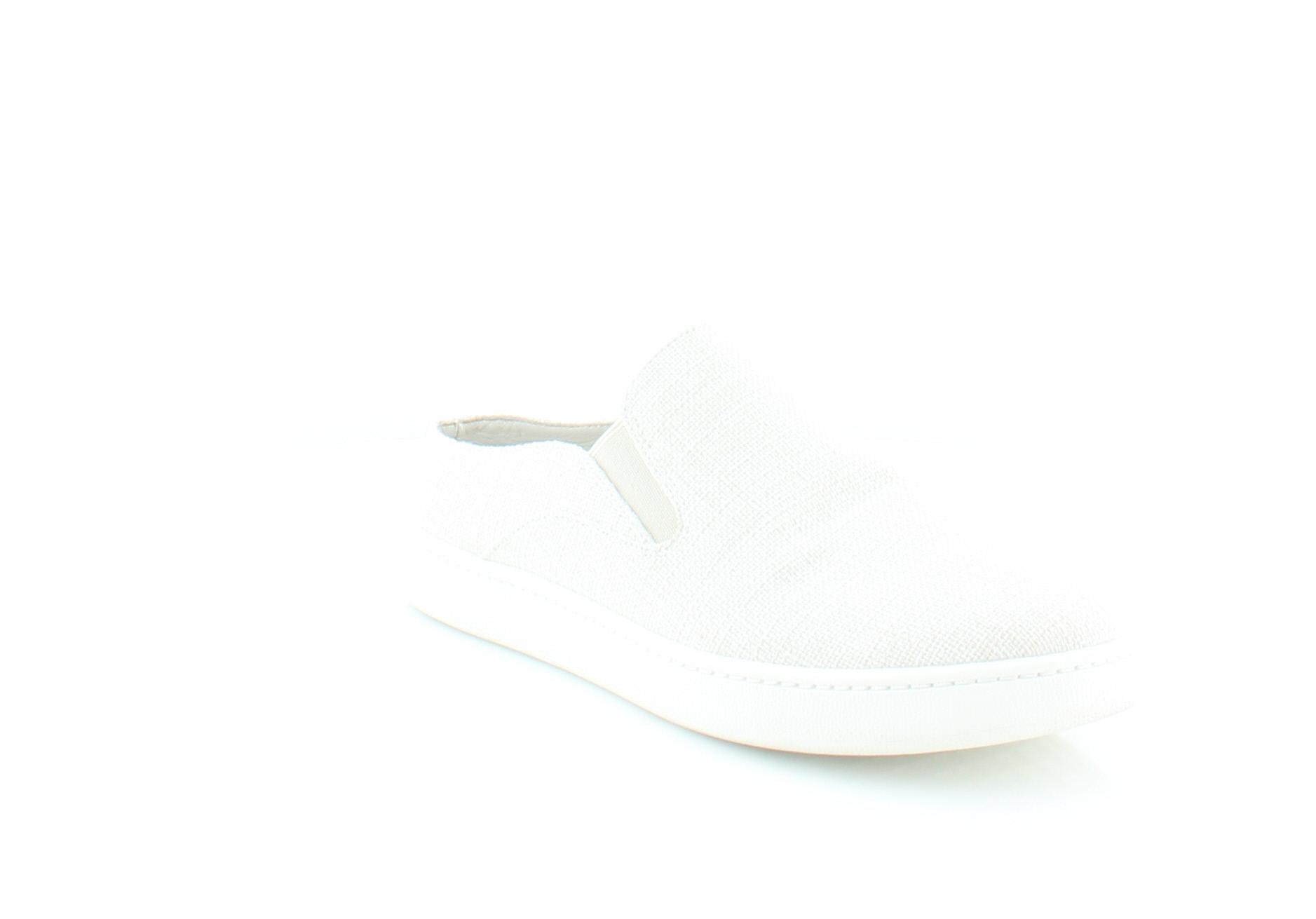 Vince Verrell Women's Flats & Oxfords Off White Size 9 M